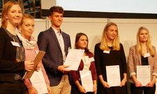 Die Skål-Stipendiaten: (von links) Julia Rabert, Bente Timm, Jannis Altmann, Anne Radegast, Lilian Petersen und Johanna Preilowski.