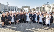 Begabte Azubis: Insgesamt 48 Köche, Hotelfach- und Restaurantfachleute aus ganz Deutschland traten bei den 38. Deutschen Jugendmeisterschaften in den gastgewerblichen Ausbildungsberufen an.