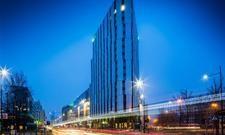 Holiday Inn Warsaw City Center: Erinnerung an das Flat-Iron-Building in New York