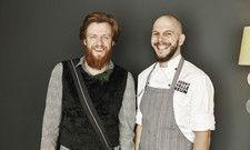 """Billy Wagner (links), hier mit Küchenchef Micha Schäfer: """"Wir wollen ausbrechen aus dem Diktat der Luxusprodukte."""""""