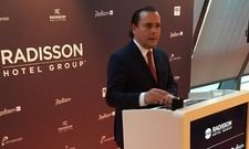 Radisson Hotel Group CEO Federico J. González: Zum International Hotel Investment Forum (IHIF) in Berlin stellte er die neue Dachmarke Radisson Hotel Group vor