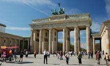 Beliebte deutsche Touristenattraktion: Das Brandenburger Tor in Berlin