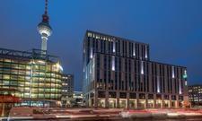 Flaggschiff der Gruppe: Das Motel One Berlin-Alexanderplatz