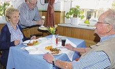 Hausmannskost: Heiner Steinhoff setzt bei seinen Angeboten im Restaurant auf Senioren.