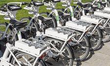 Alles startklar? Wer Elektrofahrräder verleiht, sollte seine Gäste auch über Nutzungsbedingungen und Verkehrsregeln informieren.
