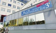 Upgrade: Das Egon Hotel wirbt an der Außenfassade für sein neues Interieur und die höhere Klassifizierung.