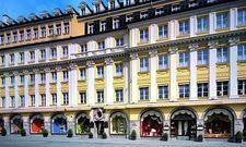Das Münchner Feinkosthaus Dallmayr: Hier befindet sich auch das Restaurant Alter Hof, das hinter dem Hauptgebäude etwas versteckt liegt