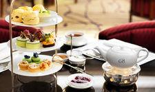 Tee-Zeremonie nach englischem Vorbild: Die Tea Time ist dabei nicht immer nur Sache der Luxushotellerie