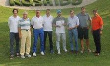 Sieger und Veranstalter des HDV-Golfturniers: (von links) Jochen Leopold, Robert Preis, Rainer Döge, Christian Keck, Philipp Schramm, Axel Nissler und Oliver Mathée