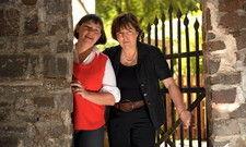 Gaben nicht auf: Der Einsatz von Bettina (links) und Christiane Kohl hat sich schließlich gelohnt