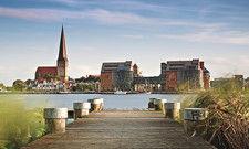 Blick auf Rostock: Die Hoteliers dort konnten sich zu Pfingsten über ein RevPar-Plus von 10Prozent freuen.