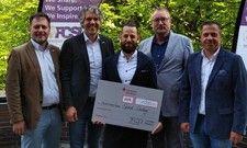 Gewinner mit Jury: (von links) Rolf Henke, Björn Grimm, Ludwig Kohlermann, Robert Panz und Oliver Meurer