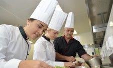 Sie werden händeringend gesucht: Engagierte junge Gastro-Fachkräfte