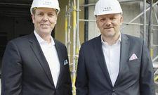 Haben viel vor: CCO Andreas von Reitzenstein (links) mit CEO Alexander Fitz, beide H-Hotels AG.