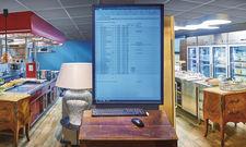 Großer Screen, Kühlschränke, Stilmöbel und Mut zur Farbe: Im Bleiche Resort & Spa weht ein frischer Wind. Die Küche ist Arbeitsplatz, Kommunikations- und Showroom zugleich