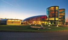 Hangar-7 am Flughafen Salzburg:Hier befindet sich das Restaurant Ikarus