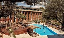 Mit Blick auf den Pool: Das Bikini Island & Mountain Hotel Port de Sóller
