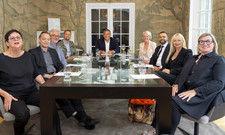Kunstbranche trifft auf Hotellerie: (von links) Ruth Sachse, Franz W. Kaiser, Peter Joehnk, Henning Weiß, Rolf Westermann, Claudia Johannsen, David Etmenan, Heike Iserlohe und Birgit Borreck, PR-Sprecherin Honestis AG