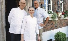 Bewährtes Team mit neuem Konzept: (von links) Patron Jean-Claude Bourgueil mit Küchenchefin Nina Ranger und Restaurantleiter Enzo Caso.