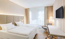 Klare Linien: Eines der neuen Hotelzimmer im NH Graz City