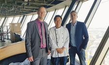 Vorfreude aufs Qomo: (von links) Philipp Santen vom Pächter Centro, Küchenchef Masanori Ito und Design-Chef Nicolas Alexandre Talon.