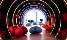 Futuristisch: Die Tunnel Bar