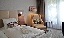 Moderner Stil: Ein Deluxe Zimmer im Dorint Hotel An den Westfalenhallen Dortmund