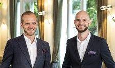 Neue Herausforderungen: Chef-Sommelier Sebastian Russold (links) und Restaurantleiter Riccardo Löffler
