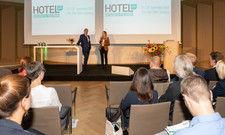 Kongressauftakt mit AHGZ-Chefredakteur Rolf Westermann und AHGZ-Redakteurin Brit Glocke