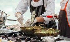 Gemeinsam in der Küche: Die Religion der Beteiligten spiel dabei keine große Rolle