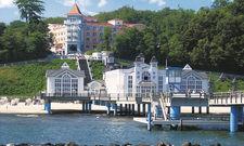 Tolle Lage an der Seebrücke: Das Kurhaus Sellin ist ab Januar ein Vela Hotel