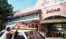 Hotspot für Surfer: Selina gibt sich sportlich und technik-affin