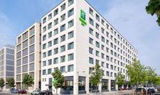 Ein Tristar-Haus: Das Holiday Inn Express East Side in Berlin