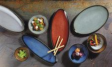 Originelle Formen, satte Farben: Ziegelrot ergänzt die farbenfrohe Palette der Buffet-Kollektion von Seltmann Weiden.