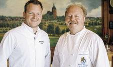 Junior und Senior: Bastian (links) und Hans-Peter Wolf lenken die Geschicke der Burg-Klause.