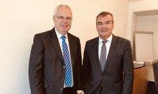 Halten die Flexibilisierung für dringend notwendig: Hauptgeschäftsführer Jürgen Kirchherr (links) und Fritz Engelhardt, Vorsitzender des DEHOGA Baden-Württemberg