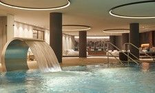 Neu: Der Swimming-Pool im Spa des Infinity Munich