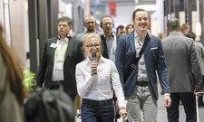 Inspiration für Hoteliers: Corinna Kretschmar-Joehnk (links) ist bereits zum fünften Mal bei den Führungen dabei