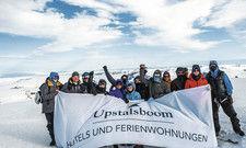 Haben es trotz aller Widrigkeiten geschafft: Die Expedition nach Spitzbergen werden die Upstalsboom-Azubis wohl nie vergessen.