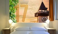 So sieht's aus: Eines der Zimmer im neuen B&B Hotel Graz-Puntigam (Montage)