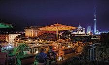 Traumhafter Blick nicht nur an Silvester: Die Dachterrasse des Rocco Forte Hotel de Rome.