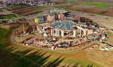 Im Entstehen: Das neue Hotel wird im Frühjahr 2019 eröffnet, die Wasserwelt voraussichtlich Ende des Jahres.