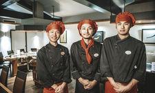 Kochen im Nikko: (von links) Chef de Partie Taiki Unno, Souschef Kazuki Otsuka und Demichef Gai Ishikawa.