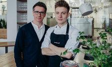 Berliner Duo: Ivo Ebert (links), Gründer und Geschäftsführer des Einsunternull, und Neu-Küchenchef Silvio Pfeufer