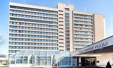 Wird derzeit von Novum Hospitality generalsaniert: Das Crowne Plaza Frankfurt