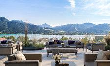 Blick auf den See: So soll die frei zugängliche Dachterrasse des neuen Hotels aussehen