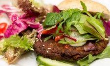 Gefragt bei Millennials: Fleischlose Gerichte, wie etwa ein vegetarischer Burger