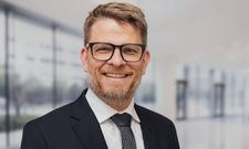 Neue Herausforderung: Julian Girndt ist Director Commercial bei Intercity Hotel, einer Marke der Deutschen Hospitality