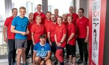 Gut in Schuss: Dr. Matthias Marquardt (links) und das Intercityhotel-Team