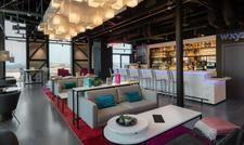 Mit Blick über die Stadt: Die Bar im neuen Aloft Dublin City